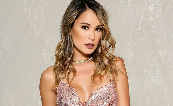 16 Sexy Long Layered Hairstyle in 2018