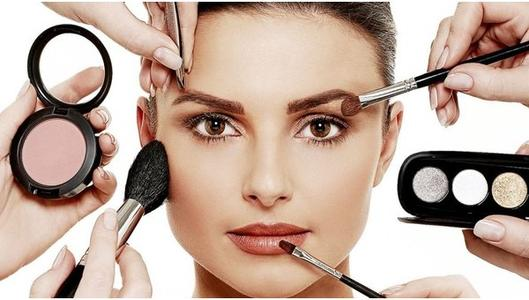 5 Best Tips for a Natural Makeup
